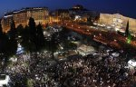 Διαδήλωση στην πλατεία Συντάγματος το 2011 με 100,000 κόσμο