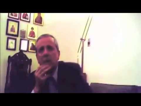 Τάκης Μπαλτάκος βιντεοσκοπημένος από τον Ηλία Κασιδιάρη